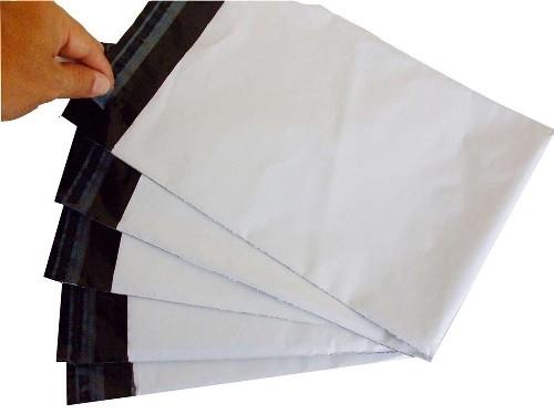 envelope de plástico com lacre